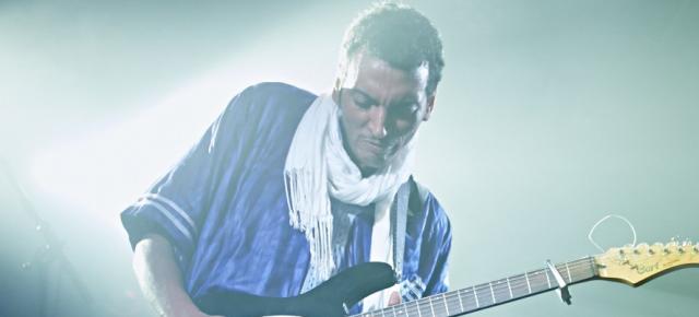 """BOMBINO: DOPO IL SUCCESSO DELLE PRIME DATE  CONTINUA IL TOUR ITALIANO DI """"AZEL"""", IL NUOVO ALBUM DELLA STELLA DEL DESERT BLUES"""